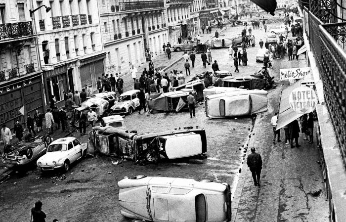 Paris_Mai_1968-squashed.jpg